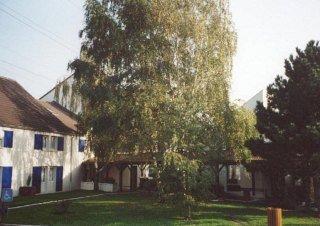 Kyriad Villeneuve La Garenne