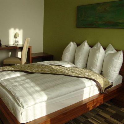 CHATEAU & HOTEL LAMBERGH