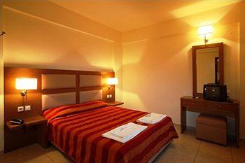 Skopelos Holiday Resort & Spa