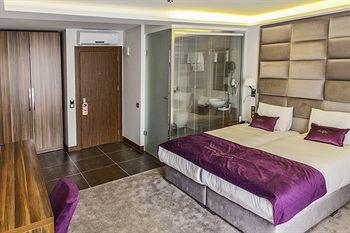 22 HOTEL