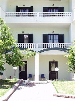 GIANNIKOS HOTEL