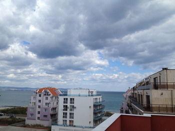 Salt Lake Beach Apartments