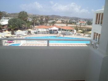 Kamari Bay