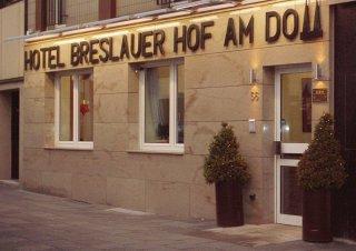 BRESLAUER HOF