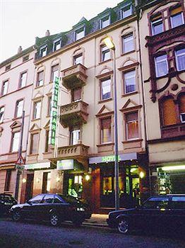 Metro Hotel Frankfurt-city