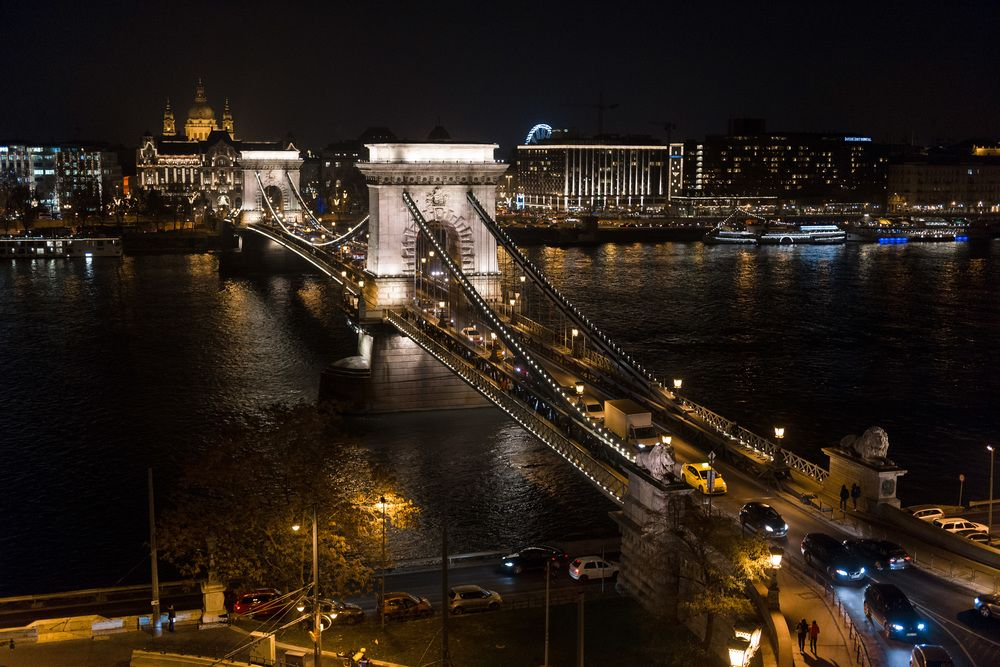 CLARK BUDAPEST