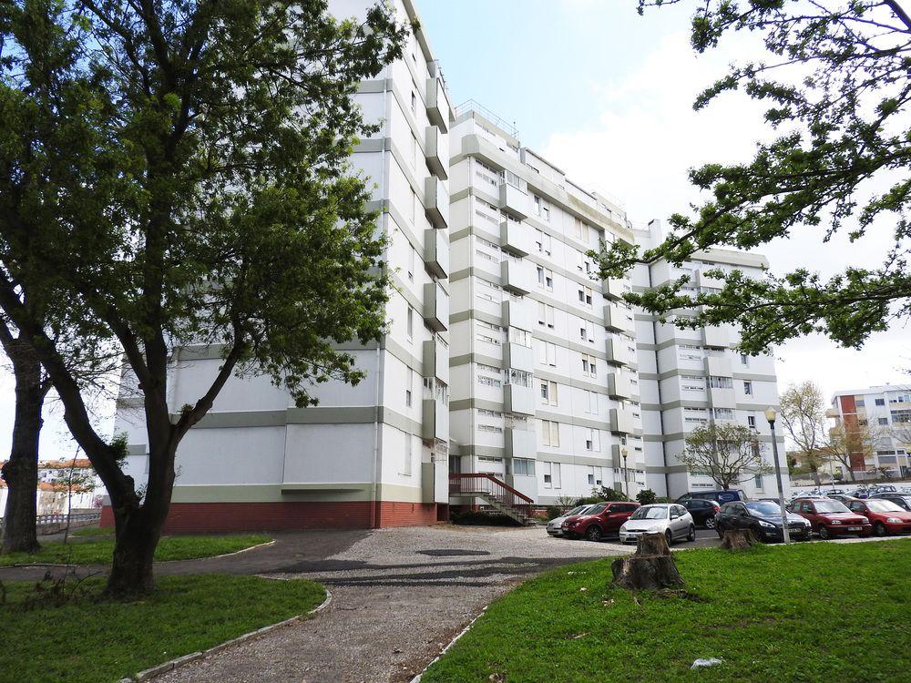 Lisbon Airport Suites