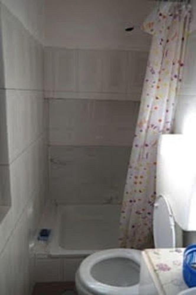 Private Rooms/duplex Apt.lisbon Center