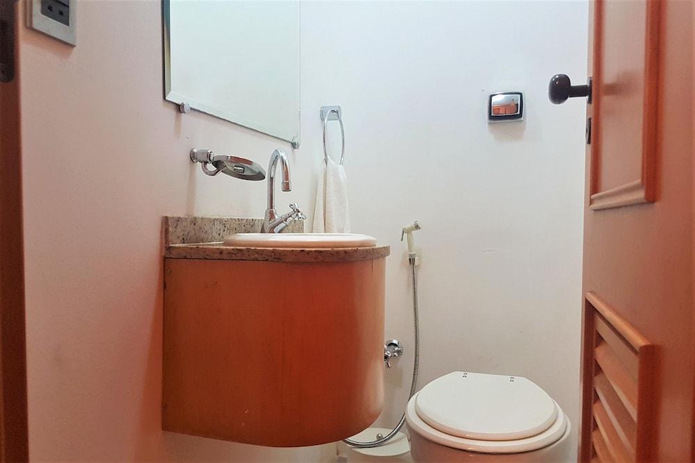 BULL HOUSE - IPANEMA BEACH STAR