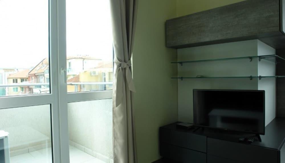 Botabara Atlantic Apartments